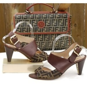 Fendi zucca canvas and leather sandals Size 40